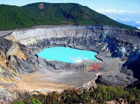 volcan-poas-costarica