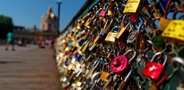 Le pont des arts et ses cadenas